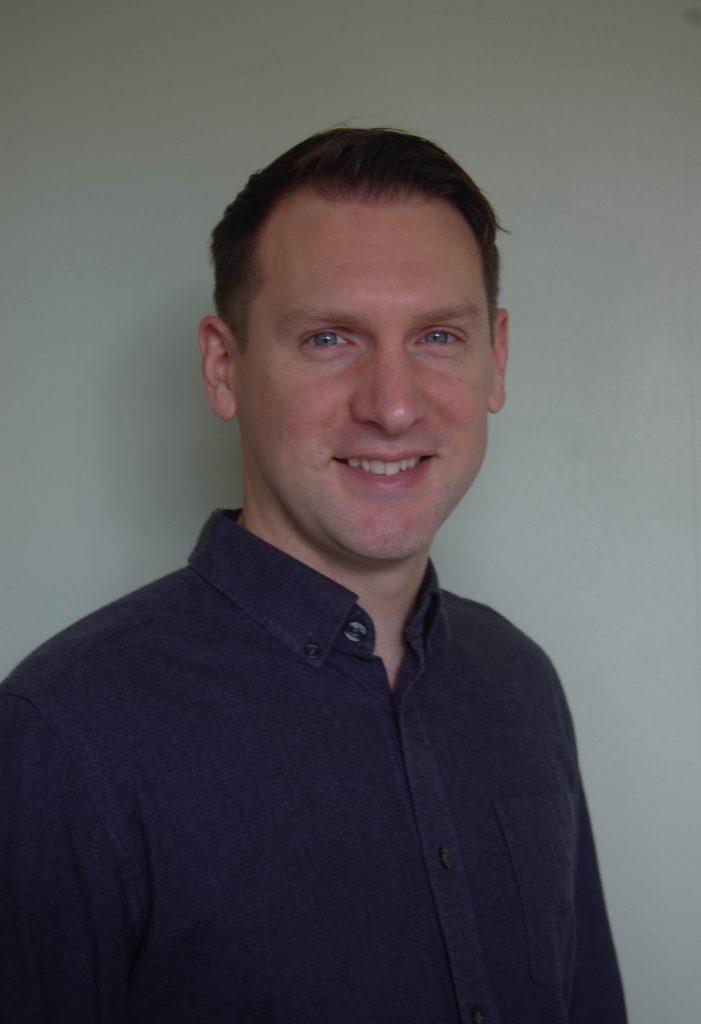 Photo of Simon Howe